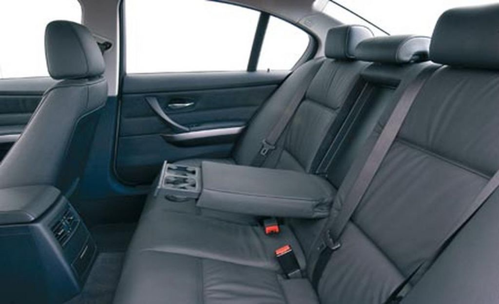 2007-bmw-3-series-sedan-interior-photo-53274-s-1280x782