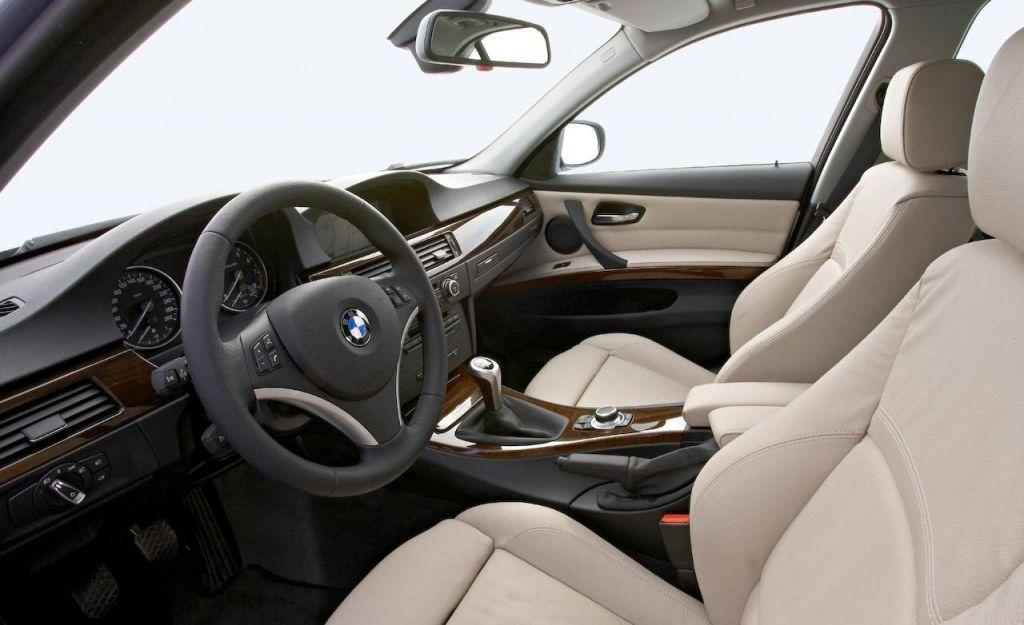 2009-bmw-3-series-sedan-interior-photo-283683-s-1280x782