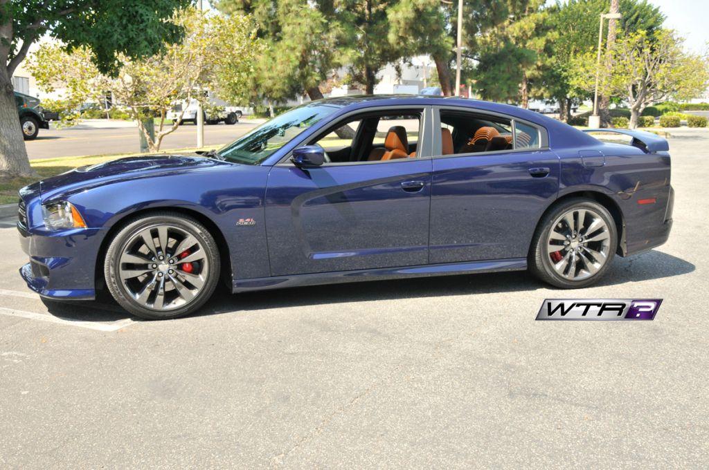 2014-Dodge-Charger-SRT8-WTR