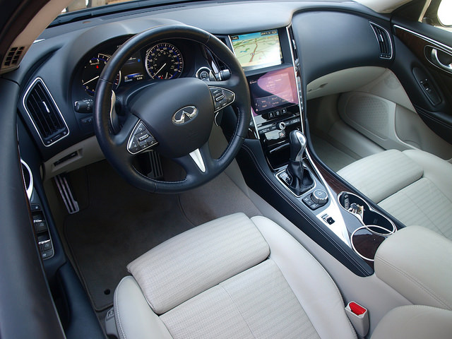 2014-infiniti-Q50S-interior-driver-side