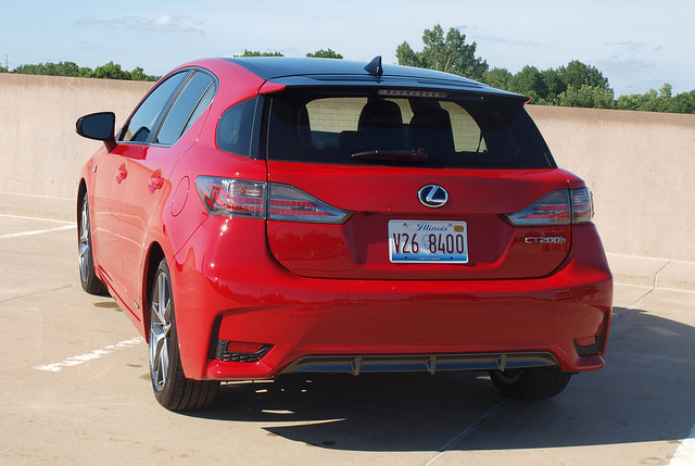 2014-Lexus-CT-200h-F-Sport-rear