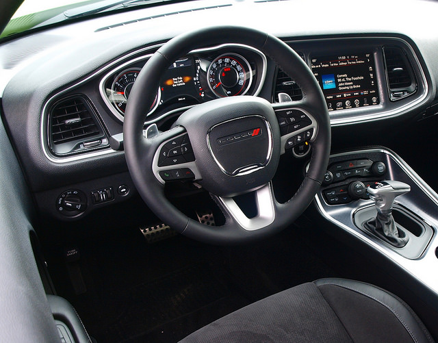 2015-dodge-challenger-RT-scat-pack-interior-med