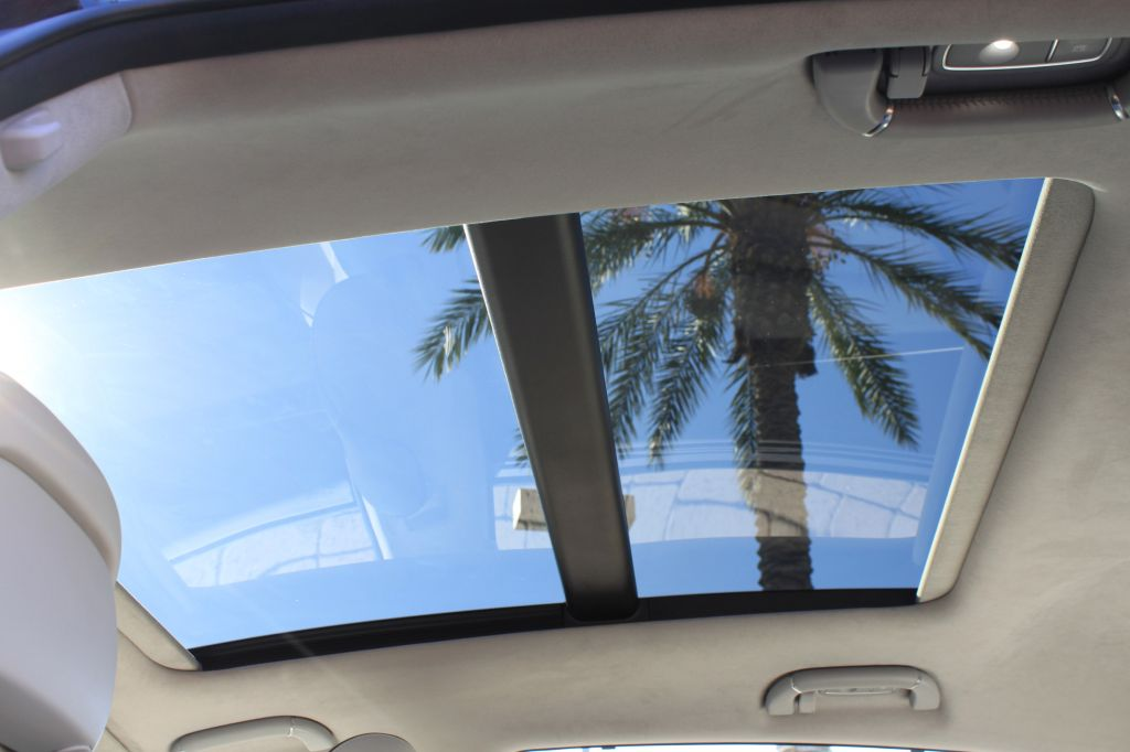 2015-kia-k900-sunroof