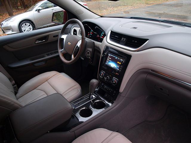 2015-chevrolet-traverse-LTZ-AWD-interior-passenger-side