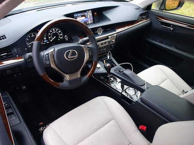 2015-lexus-es-350-interior