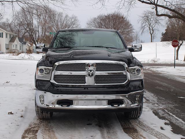2015 Ram 1500-4X4-Laramie-Longhorn-Crew-Cab-grille