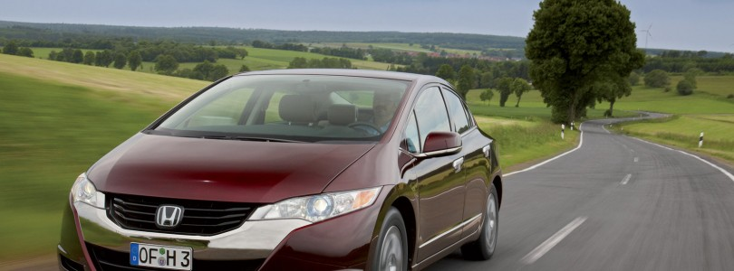 Honda FCX Clarity Hydrogen Car Review (Time Capsule Test)