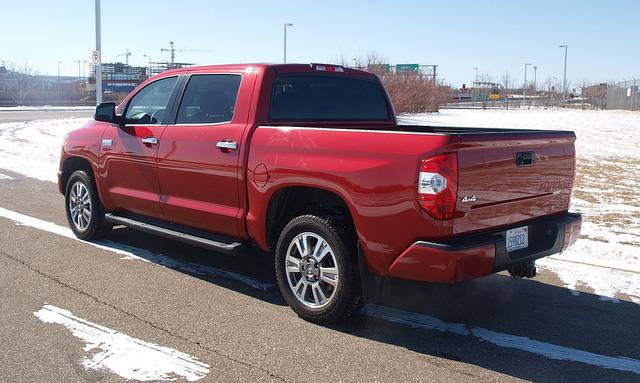 2015-Toyota-Tundra-Platinum-4X4-rear-corner