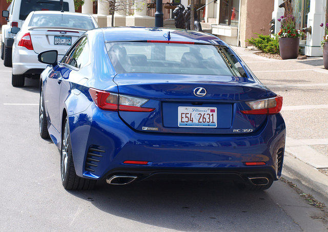 2015-Lexus-RC-350-F-Sport-rear