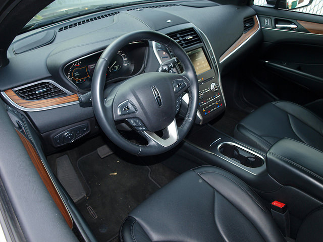 2015-Lincoln-MKC-AWD-interior-driver-side