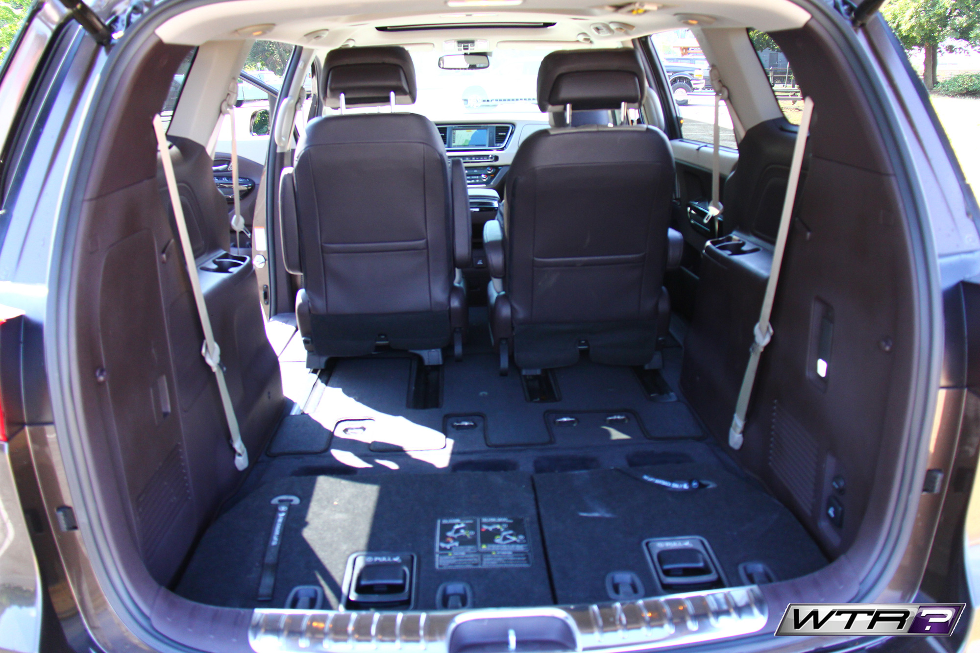 2016_kia_sedona_interior_seat_flat